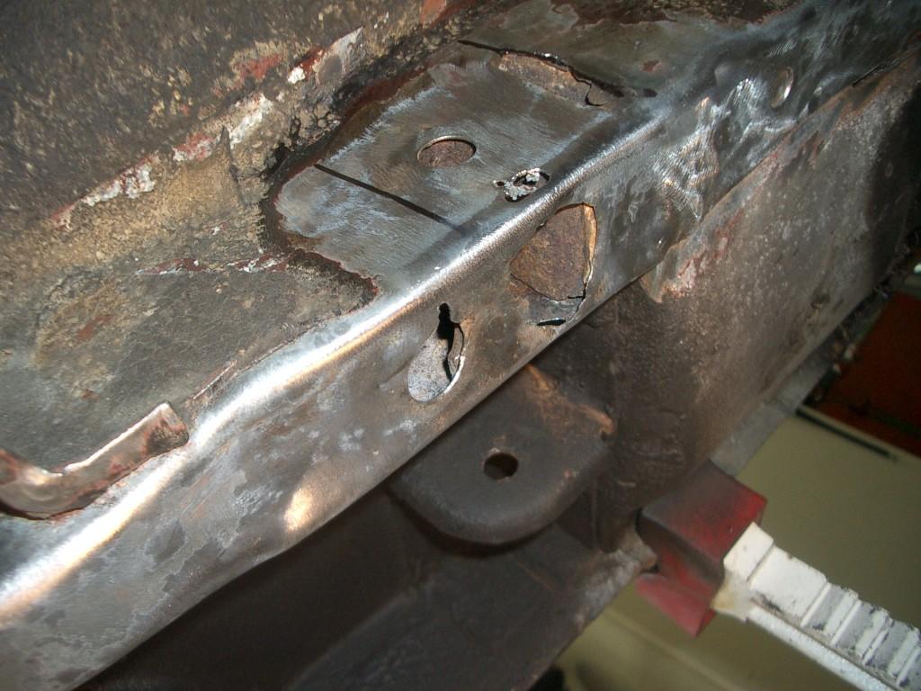 Left rear frame rail 3