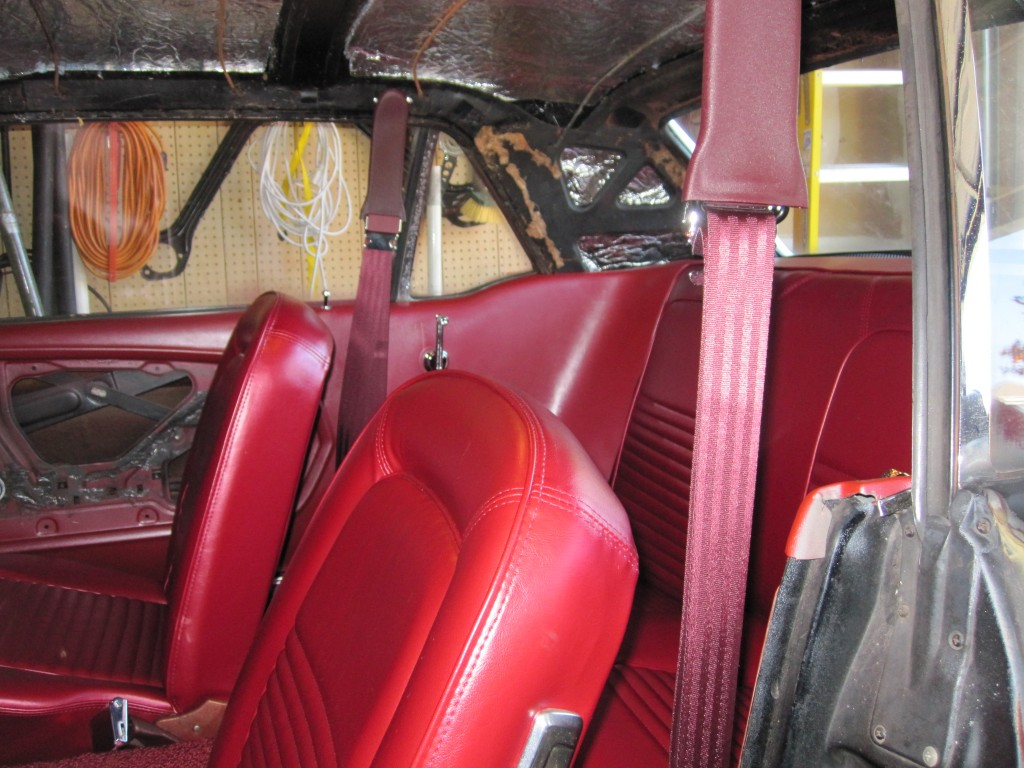 Seat belt and door opening - another angle